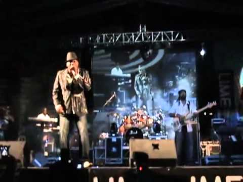 George Nooks - Give Me That Old Time Love/Bridge Over Troubled Water/Hero
