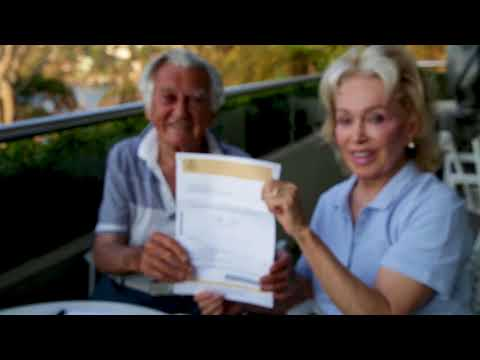 Bob Hawke and Wife Blanche Vote 'Yes' For Marriage Equality