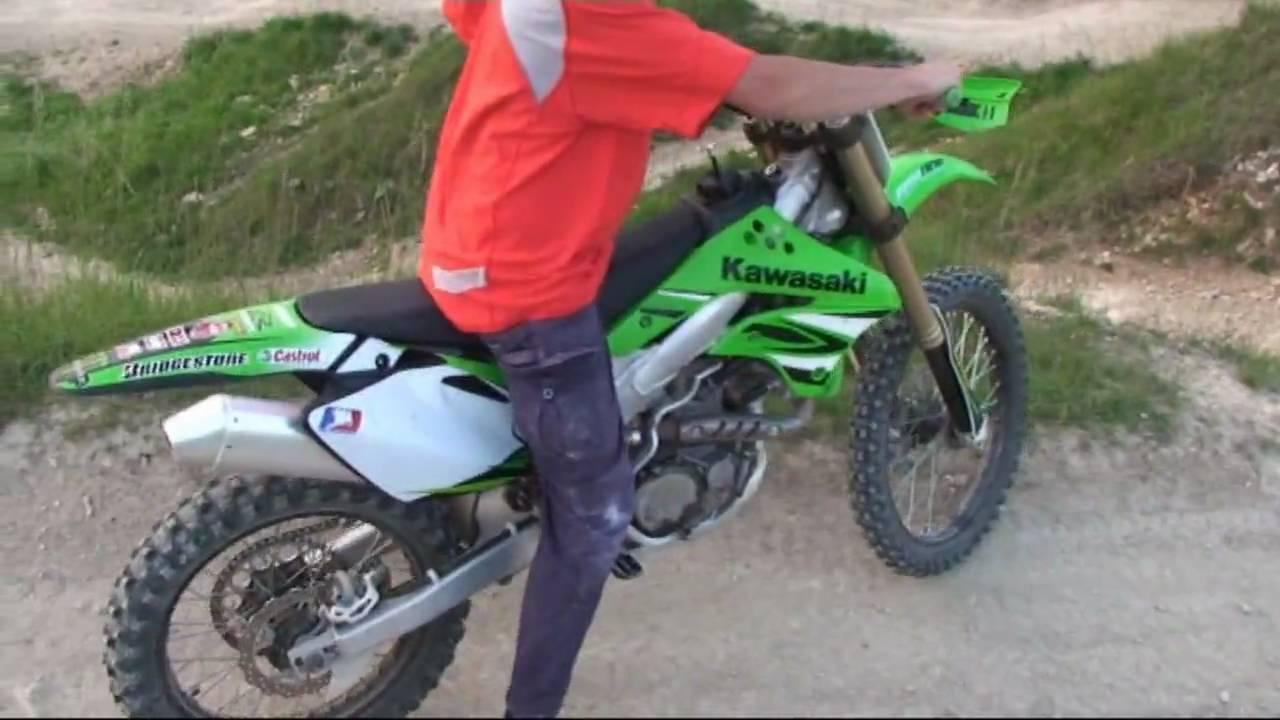 Kawasaki KXF 450 - YouTube