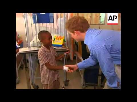 UK Prince Harry charms patients at children''s ward