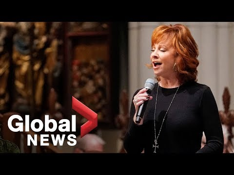 Fred - Reba Doing Lord's Prayer At Bush Funeral