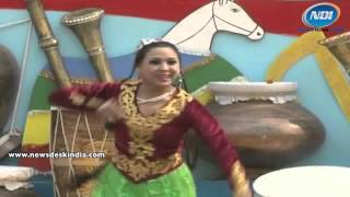 Uzbek Dancer Performing At Surajkund Crafts Mela 2014