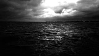 中島みゆきさんの「砂の船」歌ってみました。 この歌の世界のイメージに...