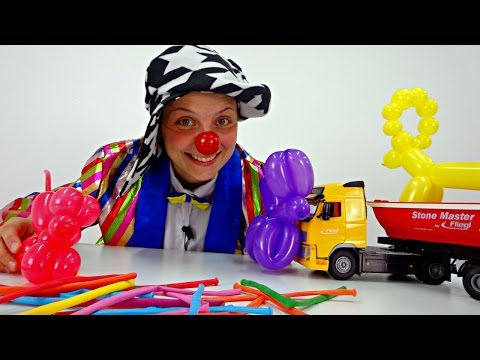 Videos for kids. Le Clown makes balloon animals!