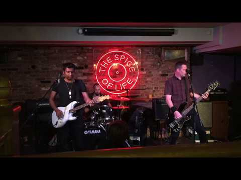 """Storms Inside"" - The Silver Bayonets - Live Video - shots from London Gigs & Shows"