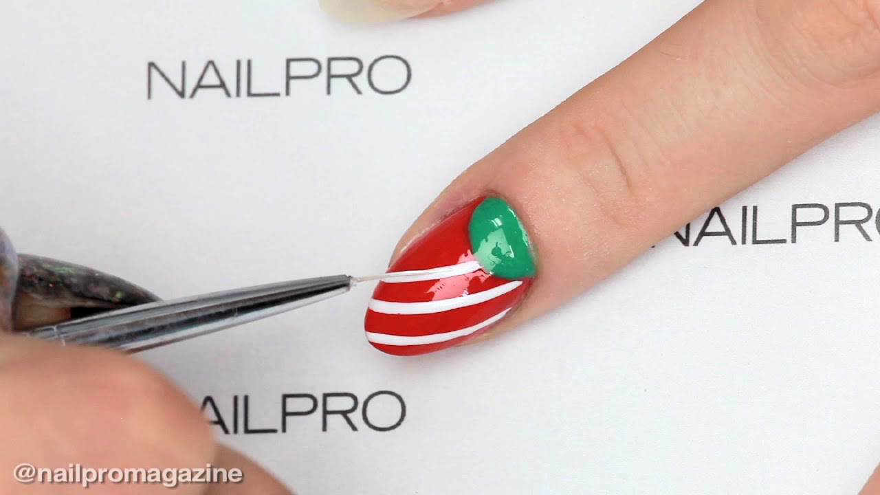 Christmas Moonicure Using Young Nails Mission Control - YouTube