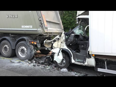 12.07.2019 - VN24 - Teil1 - LKW Unfall Auf A1 Bei Unna - Fahrer Eingeklemmt