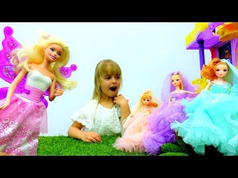 Мультик для девочек: #Барби попадает в страну фей! Выбираем платье для бала. Игры #одевалки