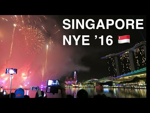 SINGAPORE on NEW YEARS EVE.. VLOG!🎉🇸🇬 🌴 Marina Bay Countdown & Little India Food | 2016 Travel