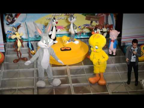Looney Tunes Bugs Bunny and Twity at SM Bacoor May 26 ,2013 1