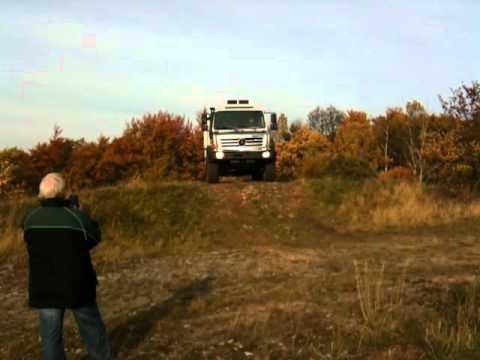 bc220f7732 Unimog U 20 und U 4000 im Gelände! - YouTube