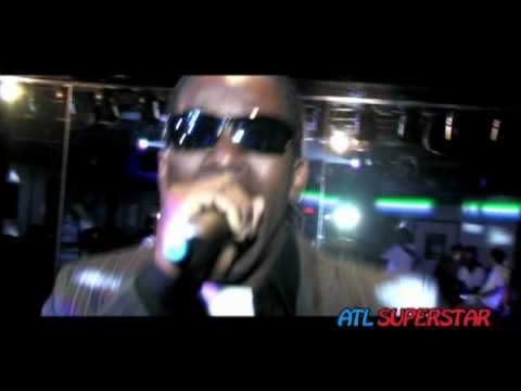 "Kardiak performing "" Rappers Take Note"" Live at Club Fusion for Atlsuperstar"
