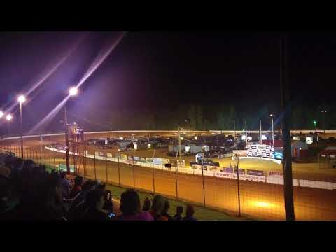 Cherokee Speedway dirt race