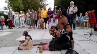 Bản nhạc kiêu hãnh  Âm vang màu sắc thổ dân giữa lòng thành phố - The Last Of The Mohicans