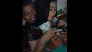 SAWER SAMBIL REMAS ITUNYA_Biduan DANGDUT