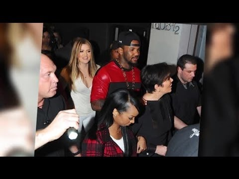 What was Khloe Kardashian Smoking in a Nightclub? | Splash News TV | Splash News TV