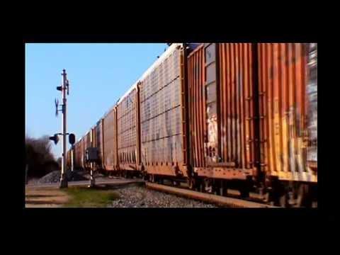 CSX Thunders Through Cowan, Tennessee.