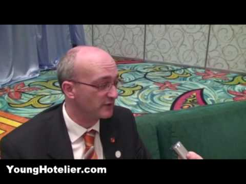 5 Tips - Studying Hotel Management or Tourism in Australia