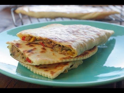 Recette des crêpes turques / turkish savory pancakes recipe /    وصفة الفطائر التركية باللحم