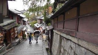 京都 雨の午後に八坂神社~清水寺境内~知恩院の三門前を歩いて撮影 2013年 Kyoto Kiyomizu -Temple