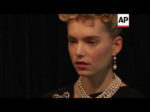 Preview of auction of Marie Antoinette's jewelry
