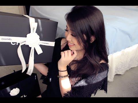 8ed9b0325208 MY FIRST CHANEL BAG! | Chanel Medium Classic Flap Unboxing, Modshots ...