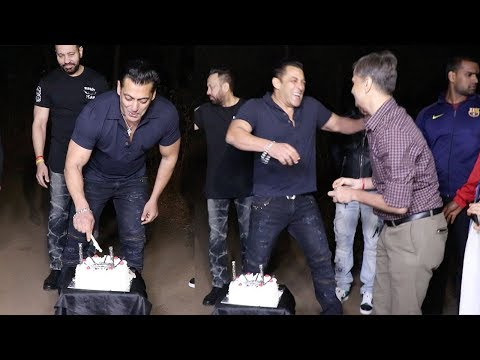 Salman Khan's GRAND 53rd Birthday Celebration 2018 At Panvel Farmhouse