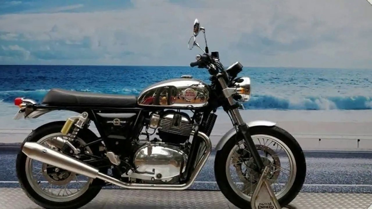 must watch 2018 royal enfield interceptor 650 twin youtube. Black Bedroom Furniture Sets. Home Design Ideas