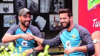 Tum Mein Aik Cup Chai Aur Cricket   Wasim Akram, Mohammad Amir & Imad Wasim   PAKvSL 2019