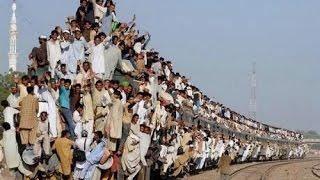 Железные дороги Индии | Индия 6(В этом видео мы делимся информацией о железных дорогах Индии (Indian railways), о вагонах, классах и билетах на поез..., 2014-12-08T03:49:35.000Z)