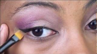 Eyeliner 101 - College Fashion Tutorial Thumbnail