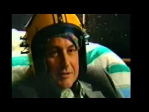 "Richard Dawkins tries Michael Persinger's ""God Helmet"""