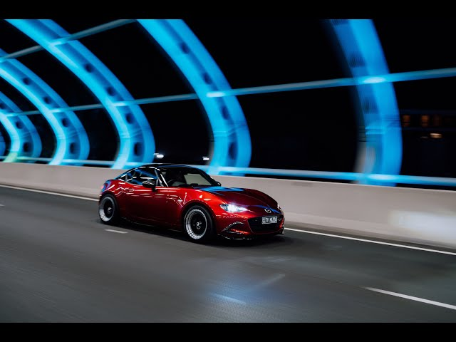City Mazda MX-5 | 4K