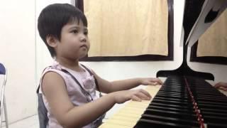 Bé Nguyễn Duy Đông Nhiên-Solo Piano-CON ONG NHỎ VO VE-Méthode Rose-12hMusicSchool:0906.177 176