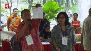 Video Jakarta votes 'aye' for Anies and 'nay' for Ahok download MP3, 3GP, MP4, WEBM, AVI, FLV Juni 2017