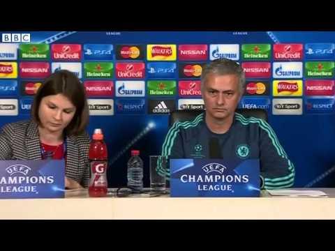 Chelsea's Jose Mourinho denies dressing room revolt