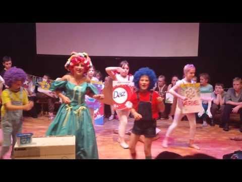 Aladdin trouble pantomime
