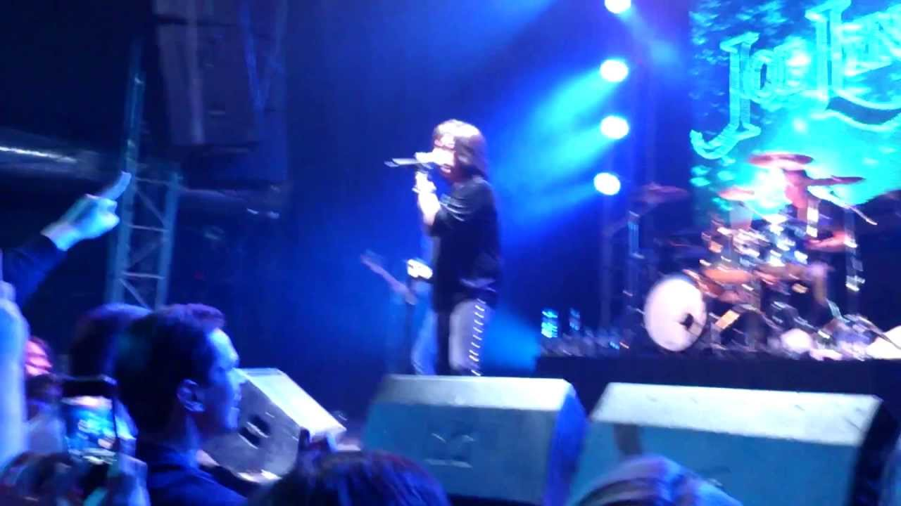 Joe Lynn Turner-Catch The Rainbow (Moscow 29 april 2013)