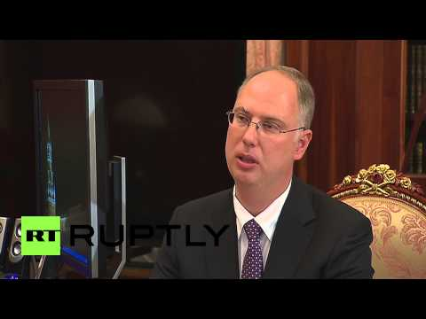 Russia: Putin meets RDIF CEO in Moscow