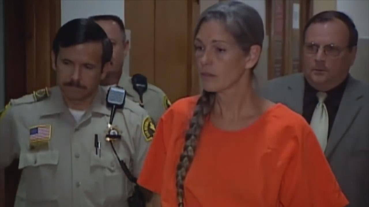 Governor Rejects Parole for Manson Cult Follower Leslie Van Houten