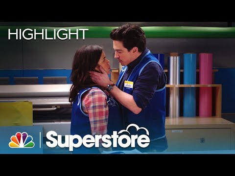 did jonah and amy hook up on superstore