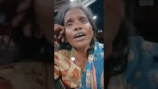 old-women-singing-lata-song-ek-pyar-ka-nagma-hai