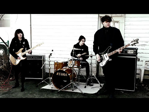 Screaming Females - It All Means Nothing (Official Video)