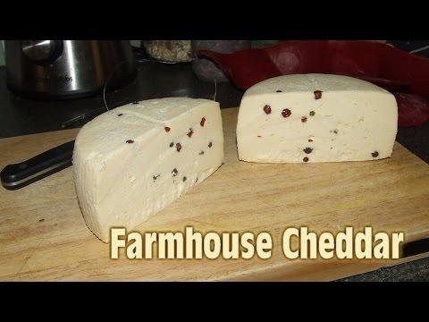 Farmhouse Cheddar with Peppercorns