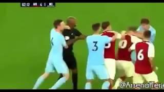 فيديو| ويلشير يختلق أزمة كبيرة في مباراة الشباب أمام السيتي