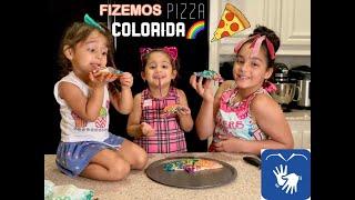fizemos uma pizza colorida em nosso primeiro video com tradução em libras.