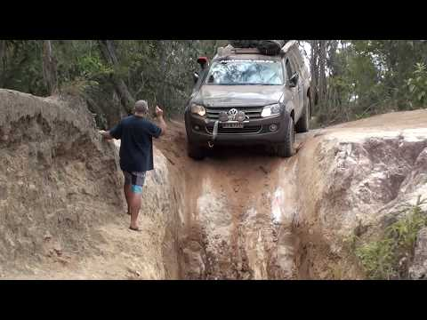 VW Amarok Tackling Gunshot Creek Sept 2015