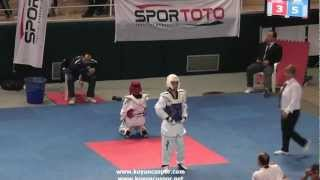 49kg Burcu Ozkan - Sevval Hilal Demir (2012 Turkish Taekwondo Championships Under -21) 2017 Video
