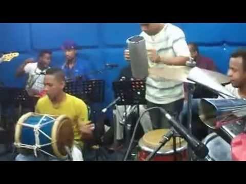 Ray Piano ensayando Adonais y su orquesta