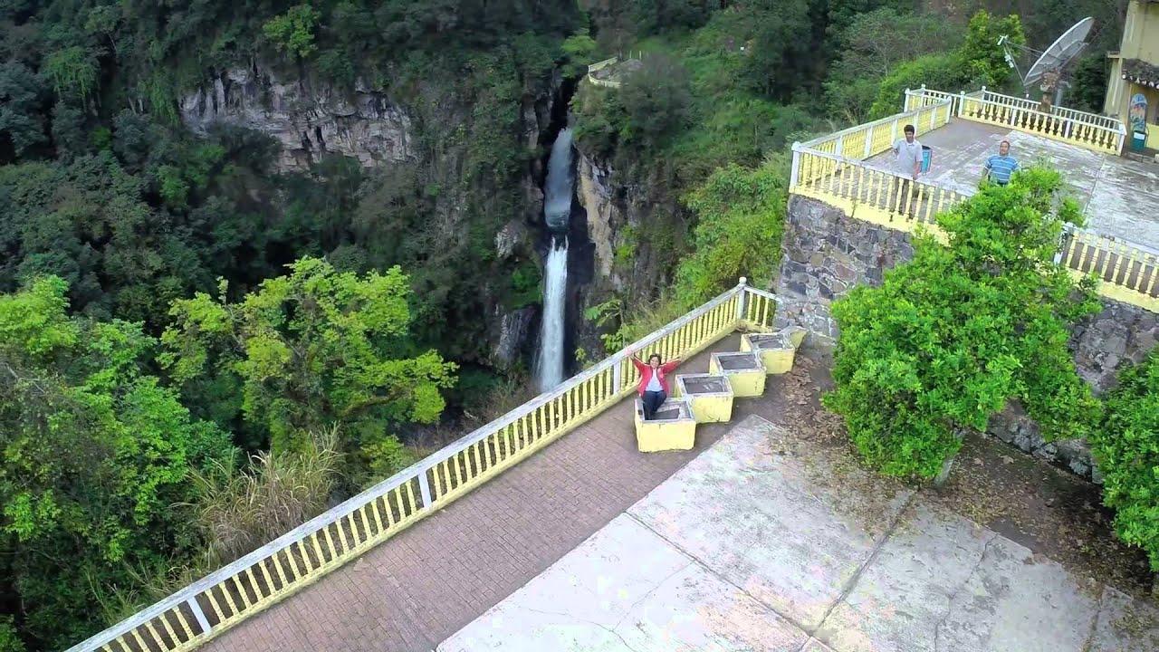 Dronie de alma pozos en xico cascada de texolo veracruz for Cascadas de jardin fotos